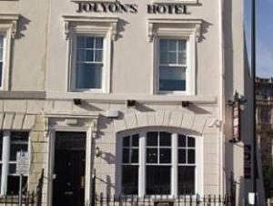 โจเลียน บูทิก โฮเต็ล (Jolyons Boutique Hotel)