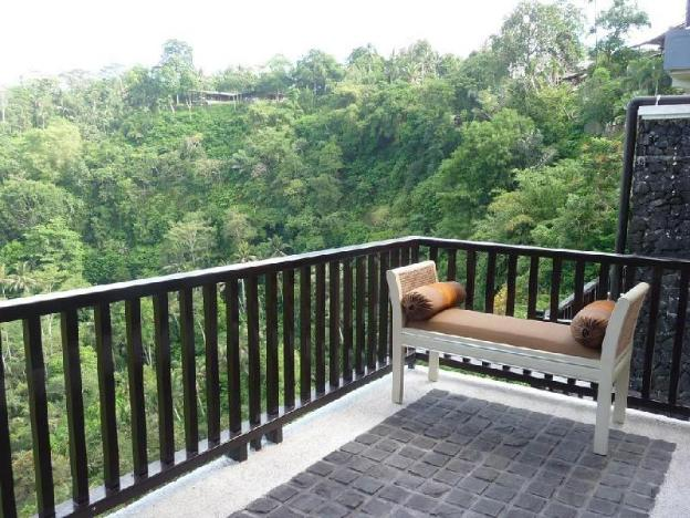 1BR Villa Overlooking Jungle is Incredible