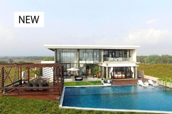 A brand new ! 50 off- absolute beachfront retreat Bali