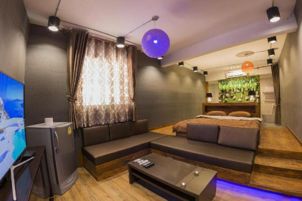 Maximum City Luxury Apartment Udon Thani