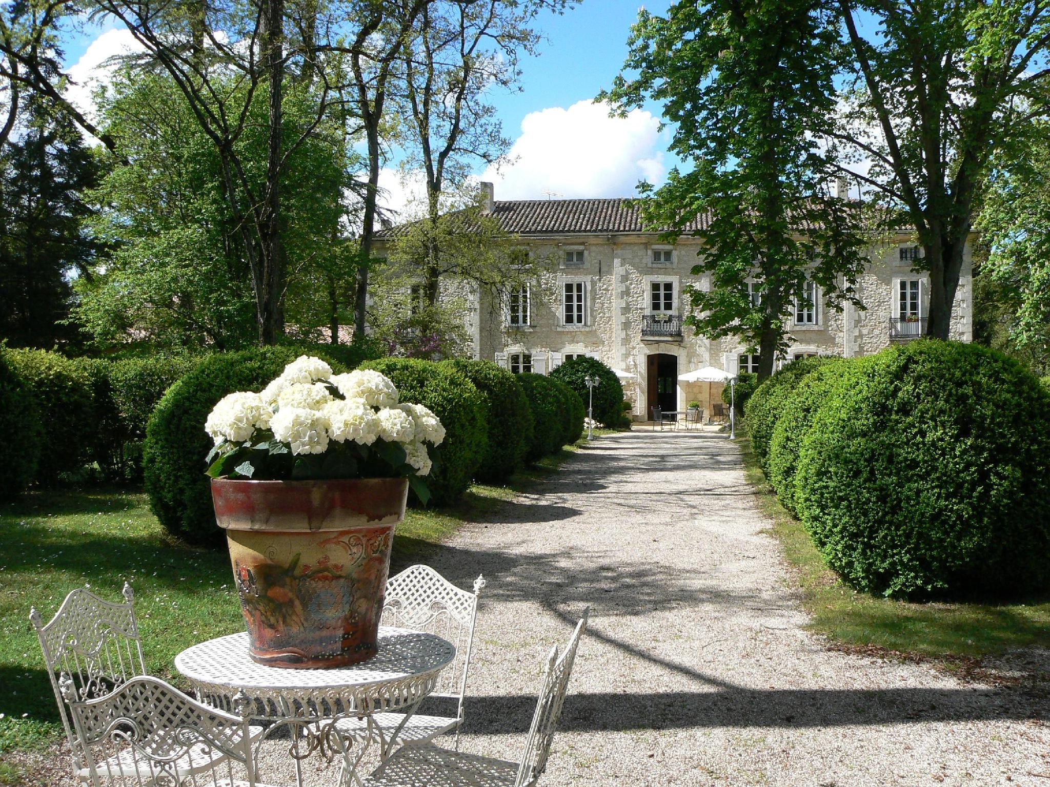 Chateau De LHoste