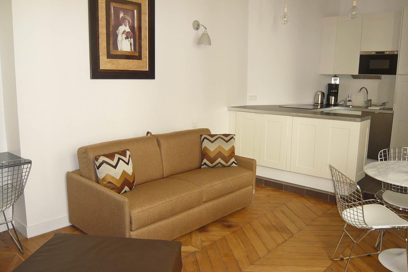 S01431 - Chic studio for 3 people near the Louvre