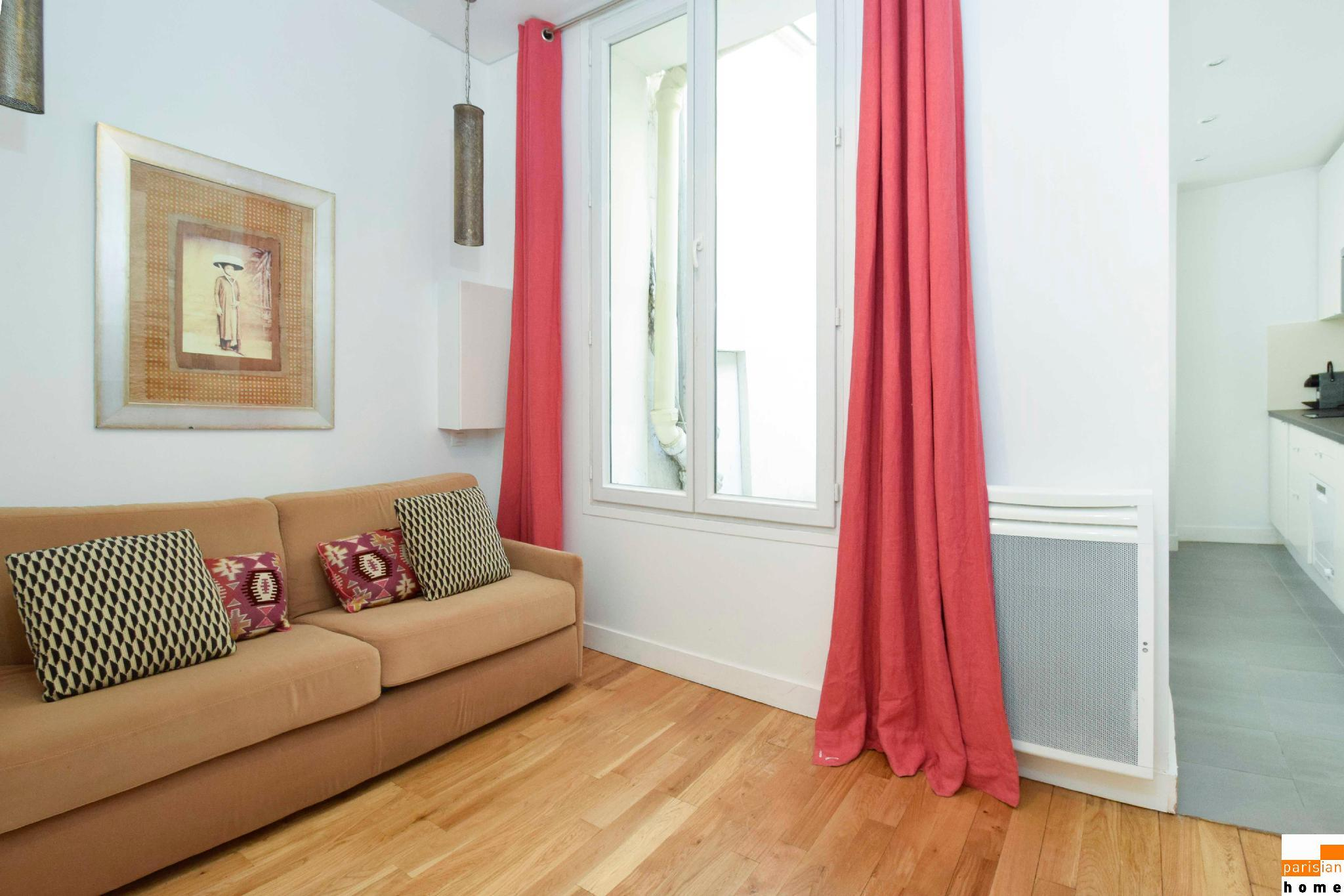S02199 - Pretty studio for 2 people in the heart of the Montorgueil neighborhood