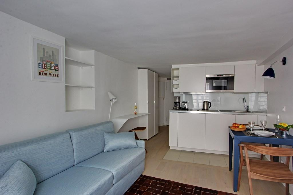 S02057 - Very lovely studio for 2 people, metro Sentier