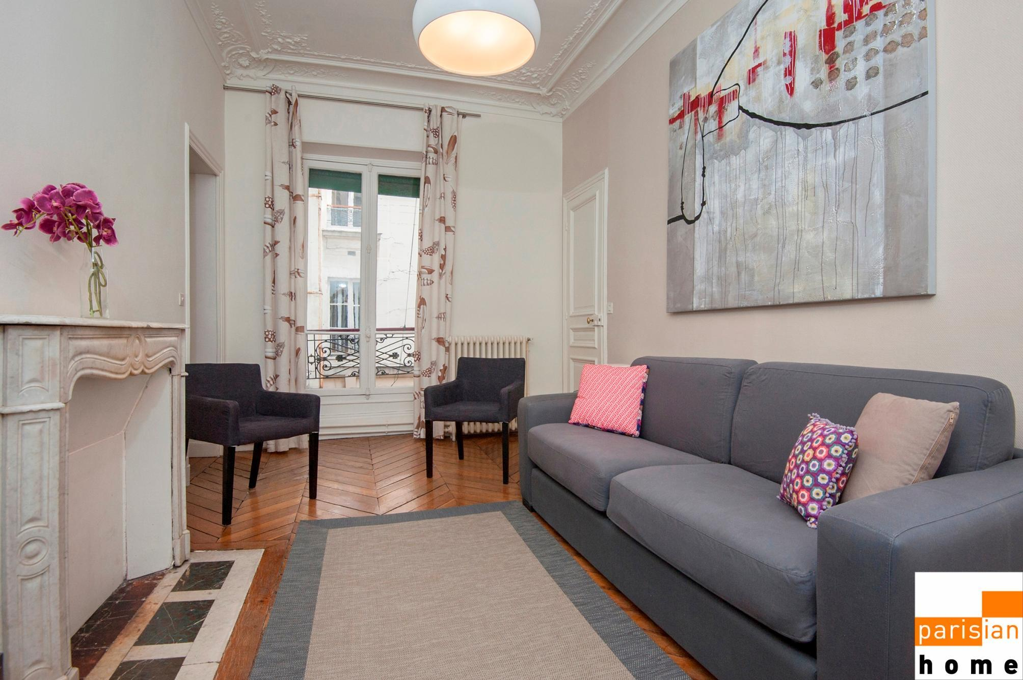 202418 - Family apartment for 6, metro Sentier