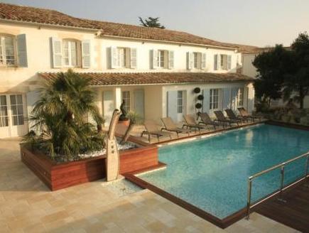 Le Clos Saint Martin Hotel And Spa