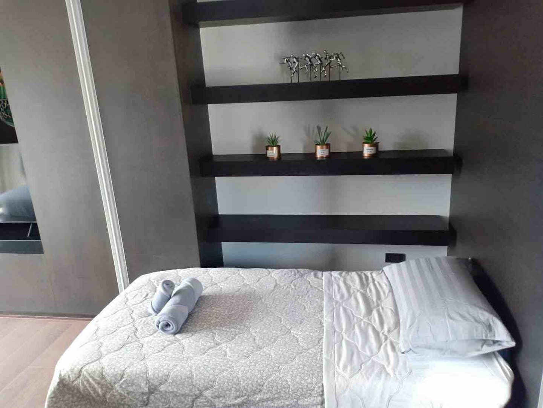 Splendid Modern Decor BTSPloenchit/Central Embassy บ้านเดี่ยว 2 ห้องนอน 2 ห้องน้ำส่วนตัว ขนาด 80 ตร.ม. – สุขุมวิท