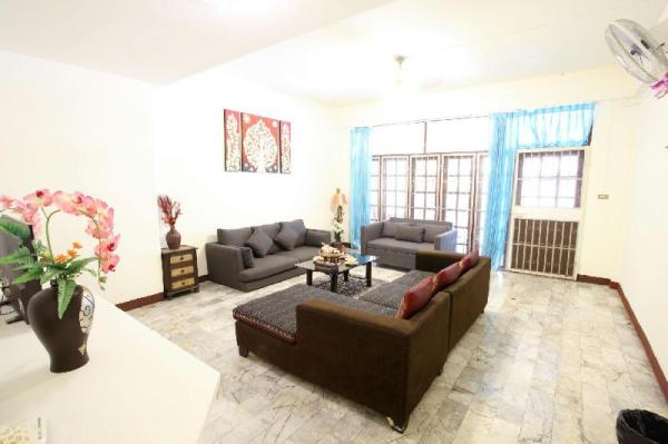 GREAT SPOT BEST PRICE Entire HOUSE Chiang Mai City Chiang Mai