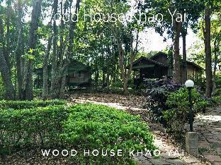 [カオヤイ国立公園]一軒家(30m2)| 3ベッドルーム/1バスルーム Wood house Family Close to Thanarat Road, KM. 6
