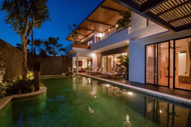 Kesari Luxury Villas ( jati )