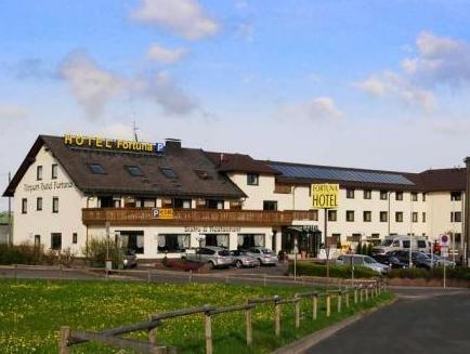 Airport Hotel Fortuna