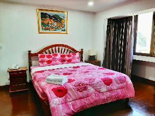 [スクンビット]アパートメント(110m2)| 2ベッドルーム/0バスルーム 2 Bedroom Apartment Sukhumvit Soi 4