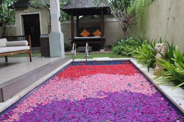 Grand Honeymoon 1BR Pool Villa @Kuta Near Seminyak