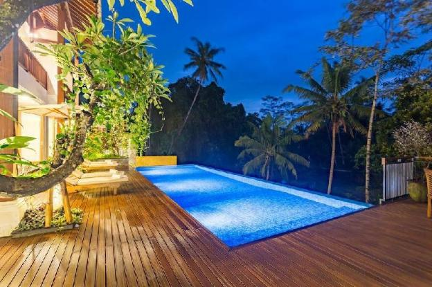 6BR Private Pool Villa  with Living Room @Ubud