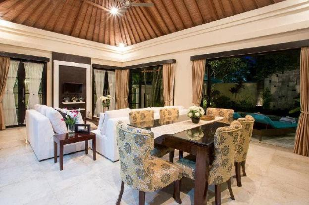 3BR Entire for Family Villa with Pool @Seminyak