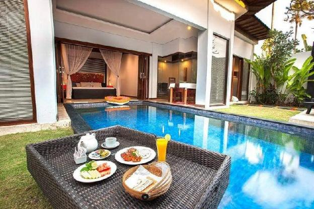 AMAZING MR 1BD Private Pool villa in Seminyak