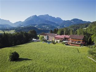Alm  & Wellnesshotel Alpenhof