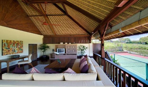 Villa Surya Damai Luxury Villa Tennis Court, Pool