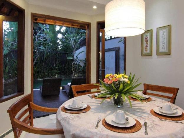 3BR Kedewatan Villas with Private Pool