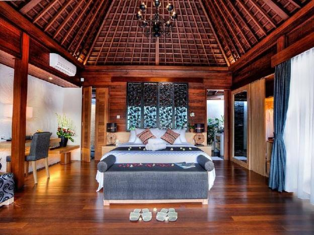 1BR Villa + Pool + Hot Tub + River View @Ubud