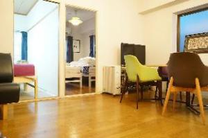 KM Special Apartment near Nankai Namba Station 702&703