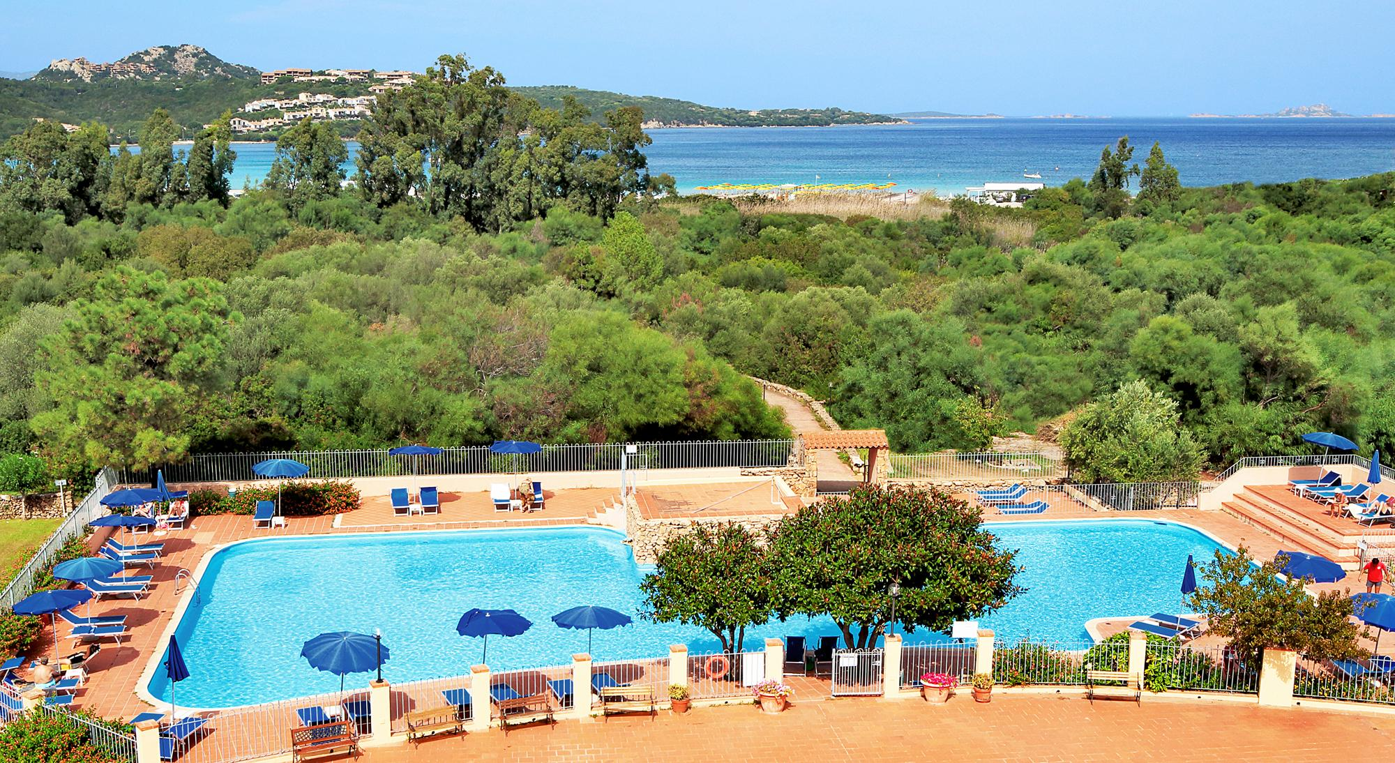 Colonna Beach Hotel And Residence