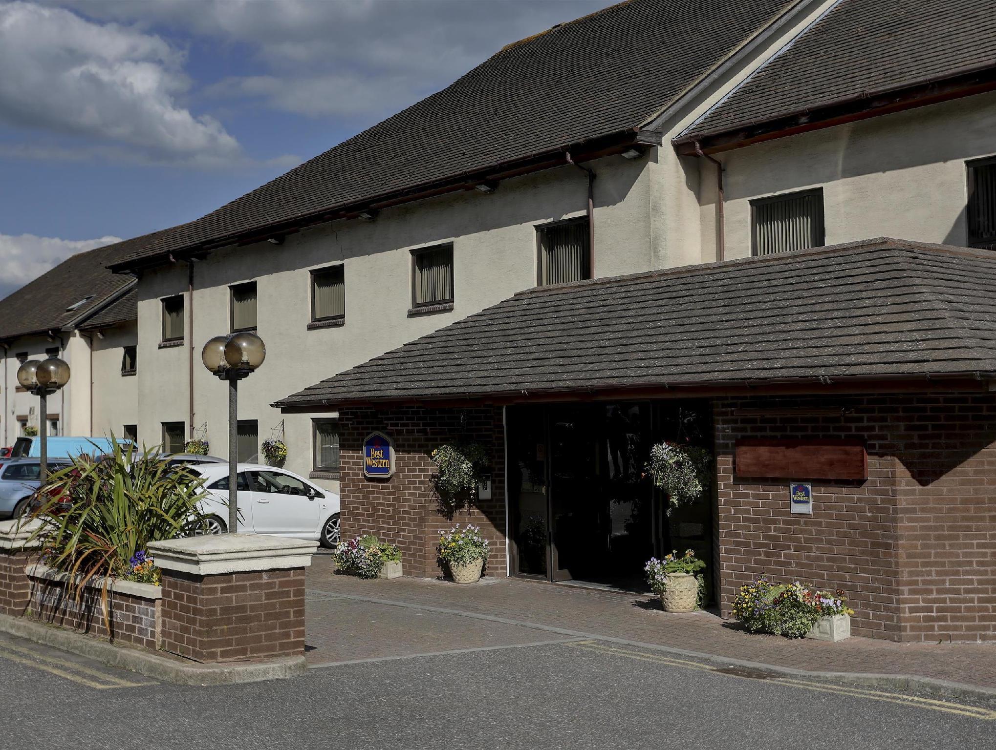 Passage House Hotel