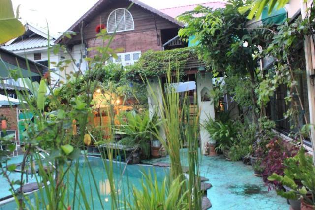 ท่าแพ บังก์ โฮม – Thaphae Bunk Home