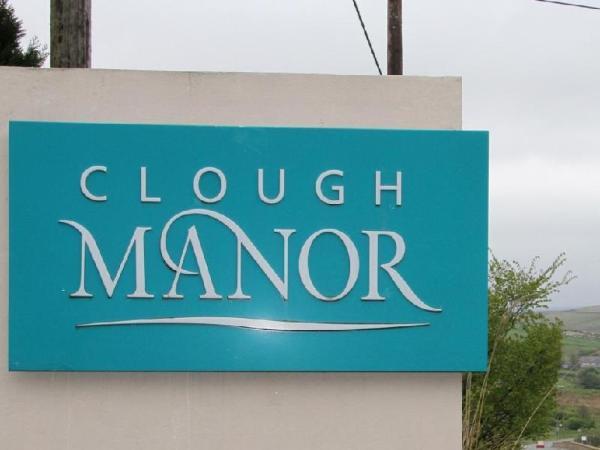 Clough Manor Saddleworth