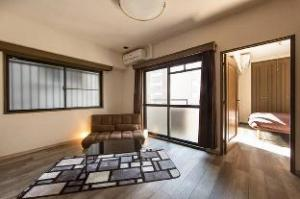CW Private Apartment in Doutonbori