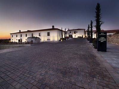 Hospes Palacio De Arenales And Spa