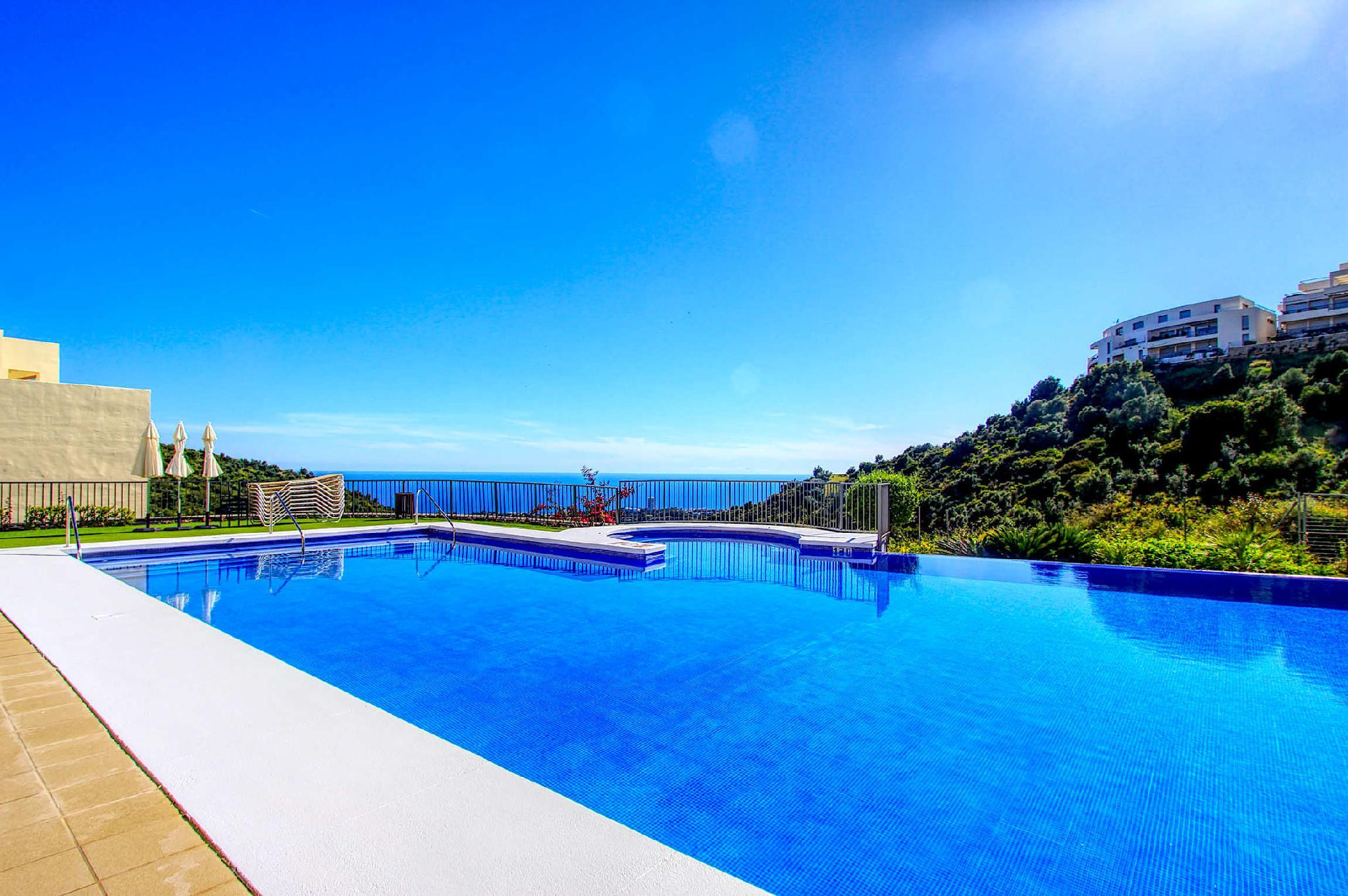 modern style. pure relaxation amazing sea view apt