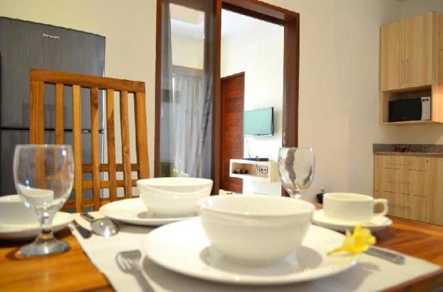 One BR Villa with Private Pool-Breakfast JGV