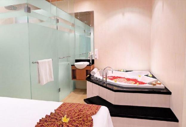 Deluxe 2 BR Villa with Private Pool-Breakfast|SIB