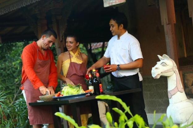 Ethnic Two-Bedroom Villa - Breakfast