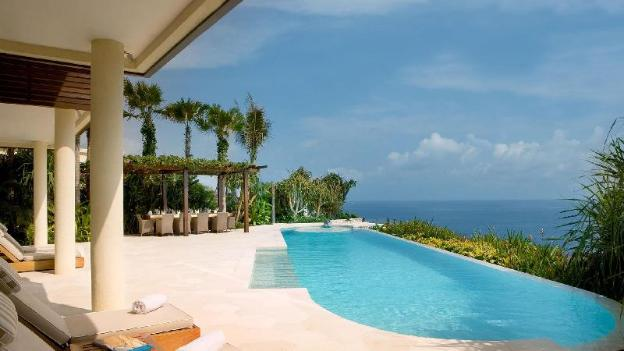 Four BR Grand Pool Villa - Breakfast