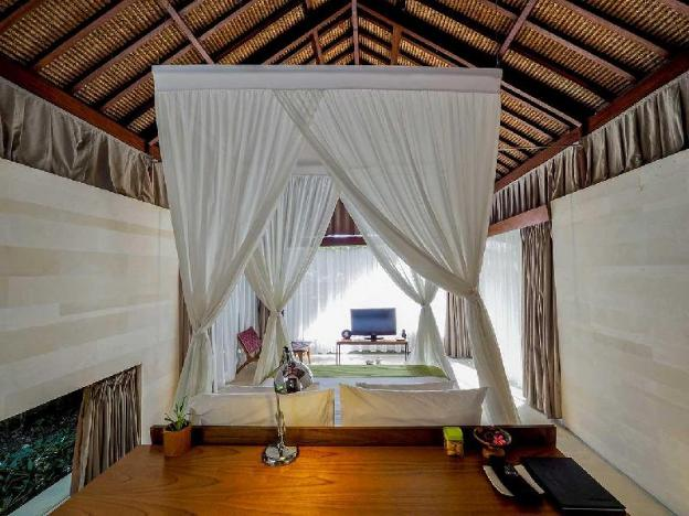 Three BR Pv Pool Villa Overlooking the IndianOcean