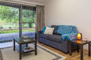Sail Rock Apartment 2 Magnetic Island Queensland Australia