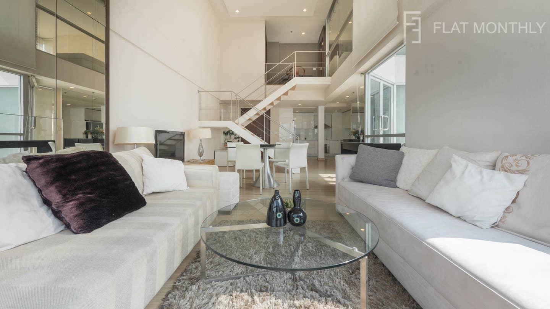 Luxury 2BR Duplex / Ratchadamri BTS - UN10055