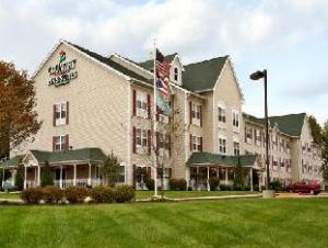 Country Inn & Suites Columbus Airport-East