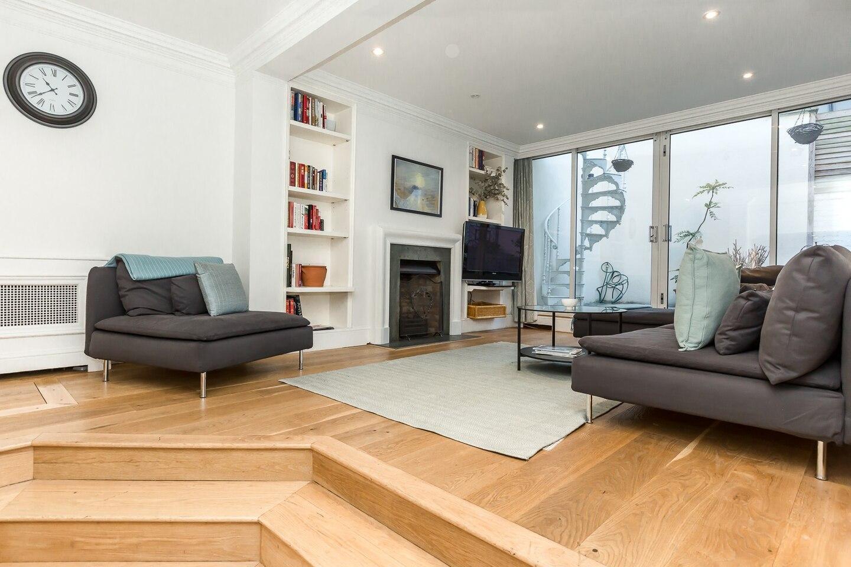 Beautiful 3BR Home with terrace in Knightsbridge
