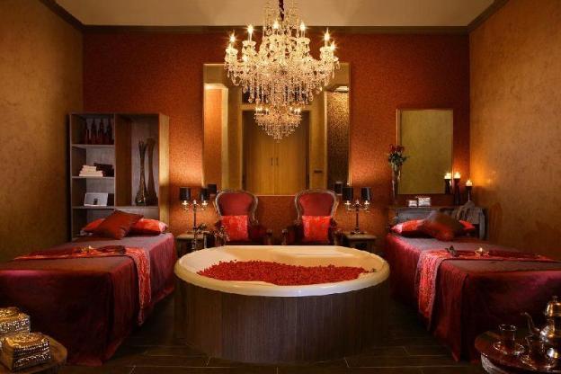 Two Bedroom Deluxe Pool Villa + Brkfst @Kuta