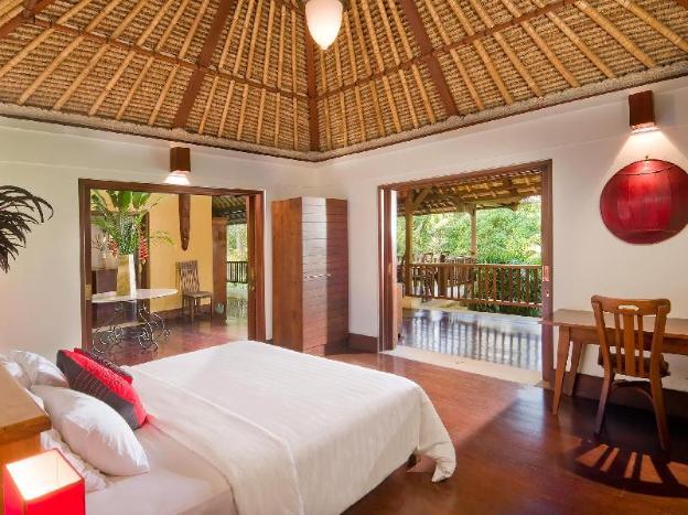 Two Bedroom Private Pool Villa + Brkfst @Jimbaran