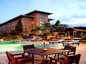 크라운 플라자 호텔 카트만두-솔티  (Crowne Plaza Hotel Kathmandu-Soaltee)