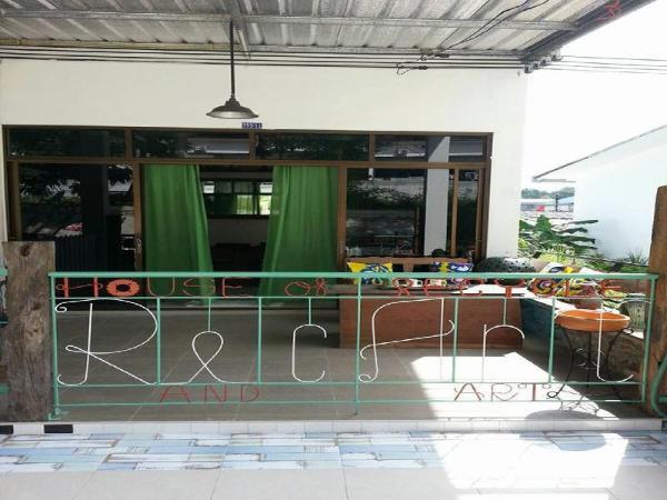 RecArt the house of recycle & art Koh Samet