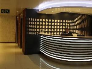 シルカ ラグジュアリー アパートメント ホテル (Circa Luxury Apartment Hotel)