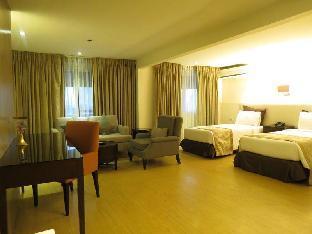 picture 2 of Imperial Palace Suites Quezon City