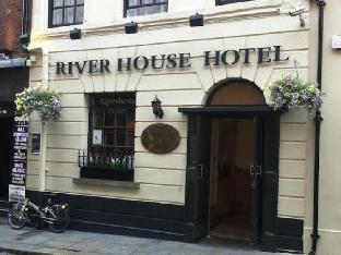 Riverhouse Hotel
