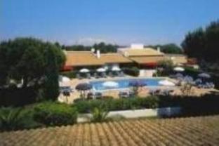 Oustau Camarguen Hotel And Spa