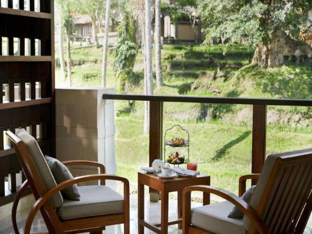 1 BR Luxury Ubud Chalet - Breakfast W/Lovely Staff